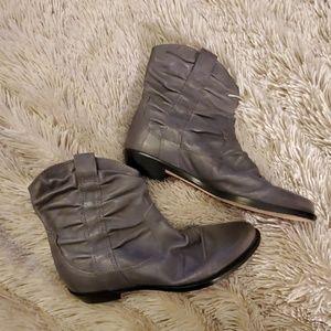 Beautiful gray Corso Como booties size 6.5